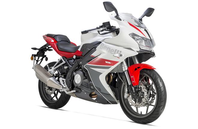 motocykl BENELLI 302R  AKCE  !!!