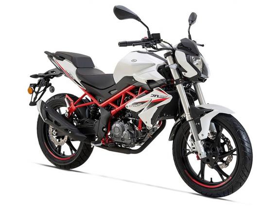 motocykl Benelli BN 125 E5